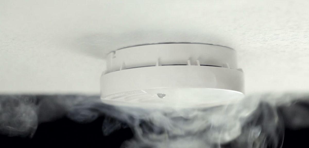 Tegemoetkomingen voor rookmelders voor doven en slechthorenden